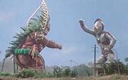 爱迪奥特曼与怪兽玩相扑